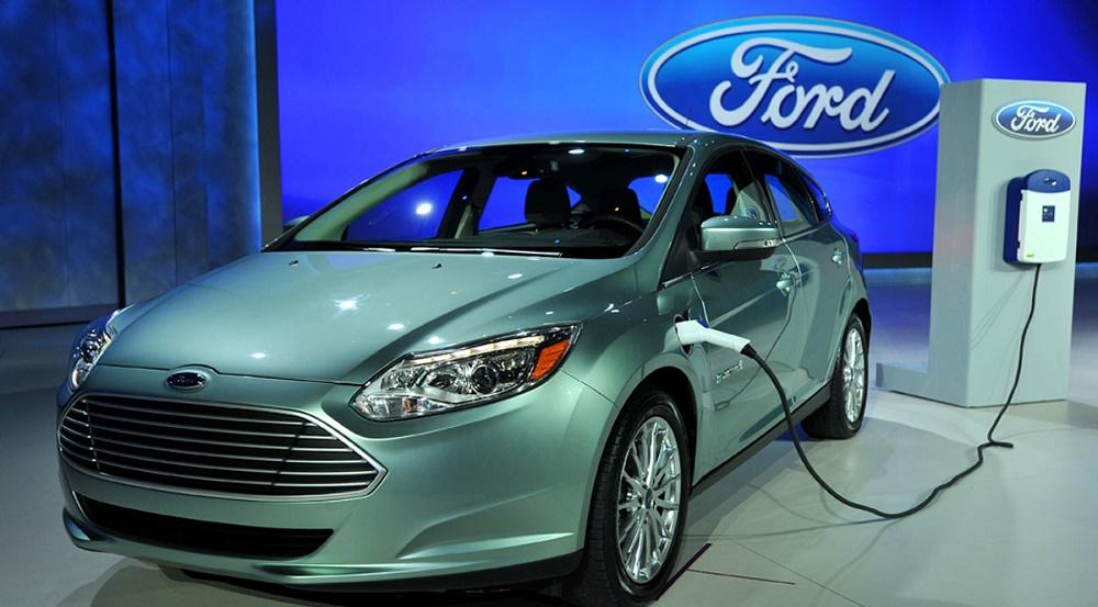 فورد در CES 2016 وعده داد تا سال 2020، 13 خودروی الکتریکی را همراه با پهپادهای کمکرسان به بازار عرضه کند