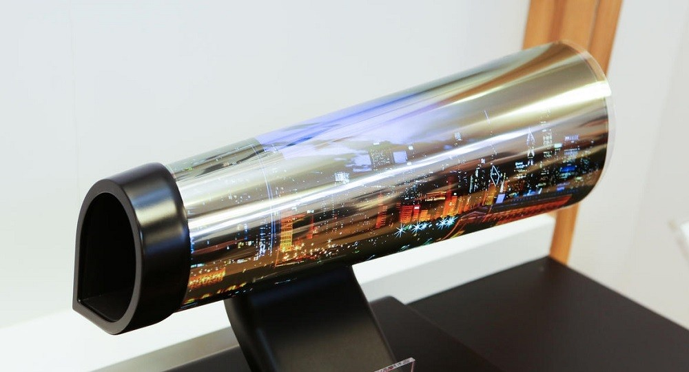 lg-display-rollable-02