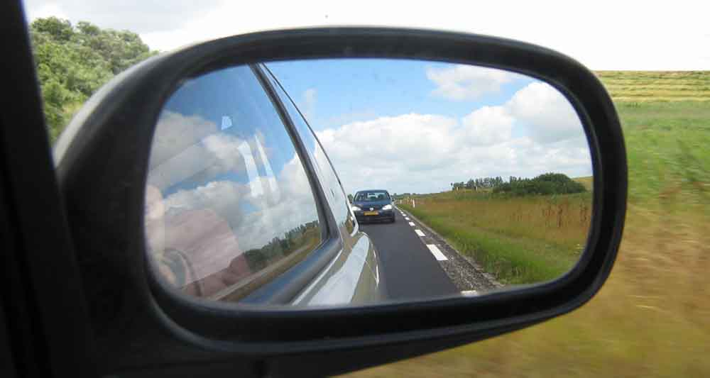 How-to-choose-the-right-mirror-for-your-car