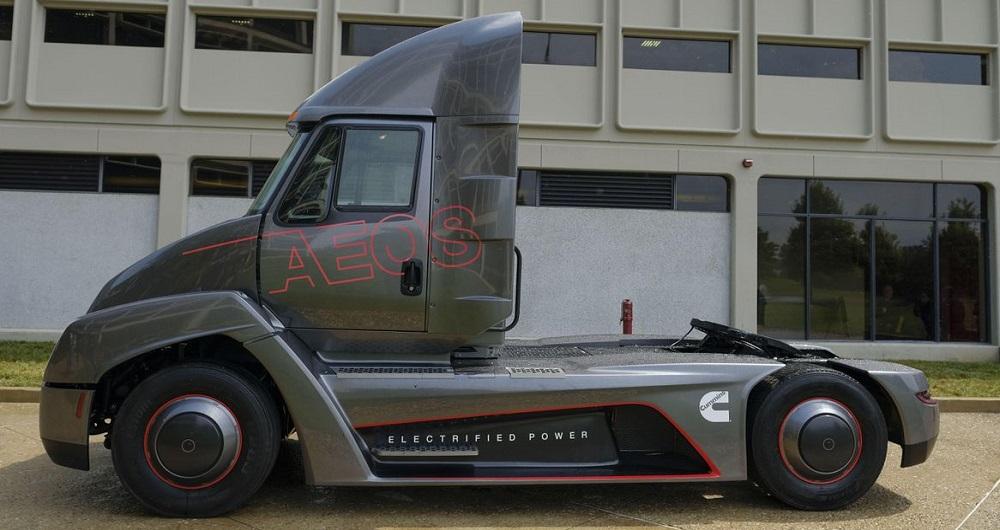 کامیون الکتریکی شرکت «کامینز» تسلا را شکست می دهد