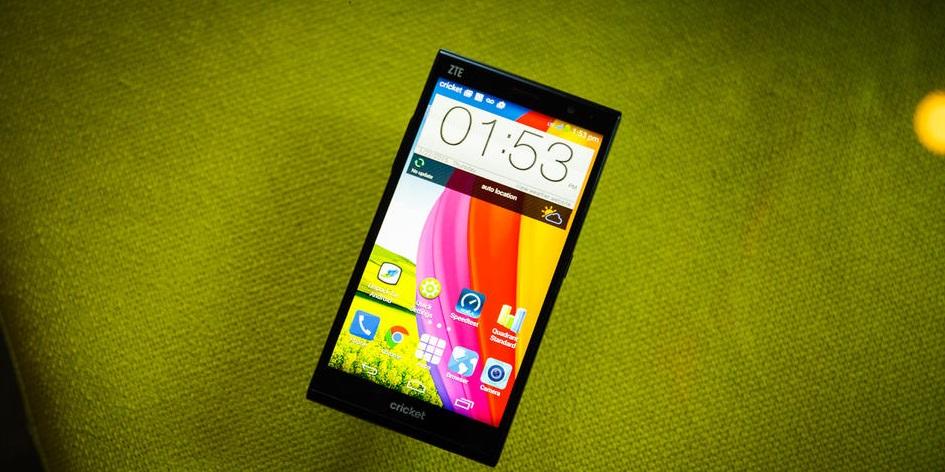 معرفی 5 گوشی هوشمند با باتری فوقالعاده قدرتمند