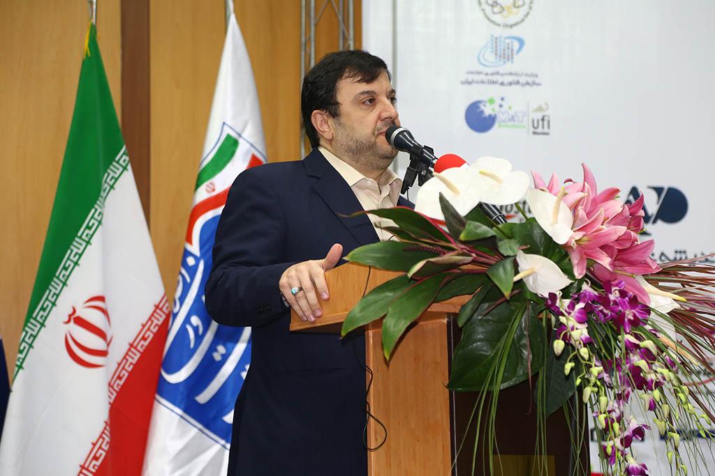 فیروزآبادی: صنعت سبز و اقتصاد سبز لازمه فرار از آلودگی هوا