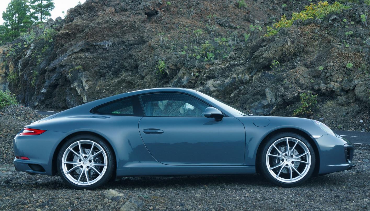 تصویر پورشه 911 مدل2017