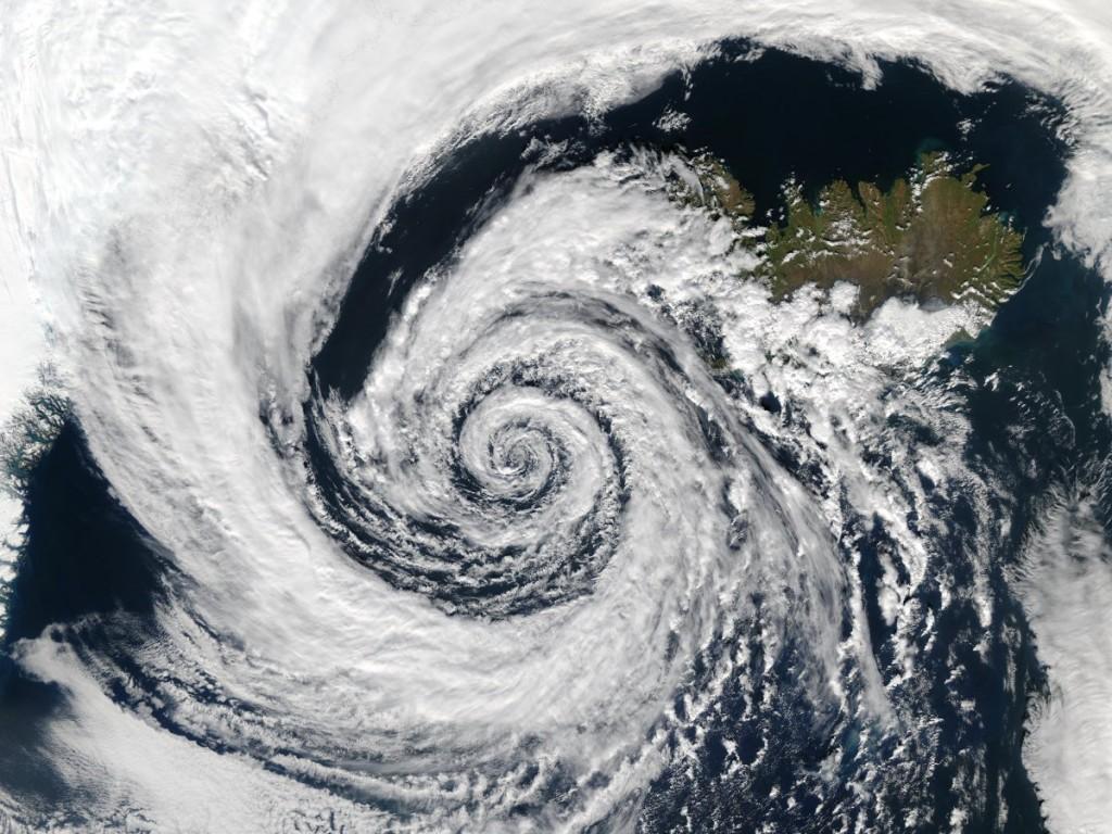 چرخش ابرها بر فراز ایسلند