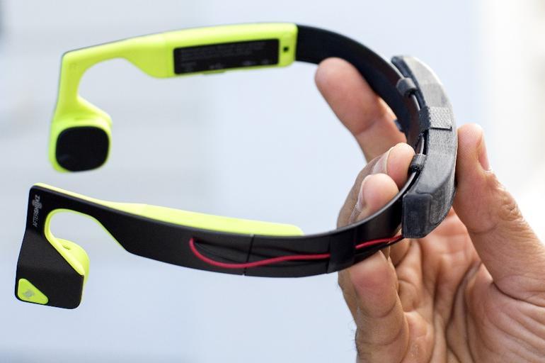 مایکروسافت هدستهای هوشمند برای افراد کم بینا را به روزرسانی میکند
