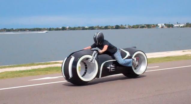 موتورسیکلت تمام الکتریکی Lightcycle پا به خیابان گذاشت