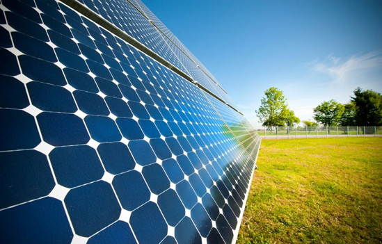 خانه های خود را با نیروی خورشیدی تجهیز کنید