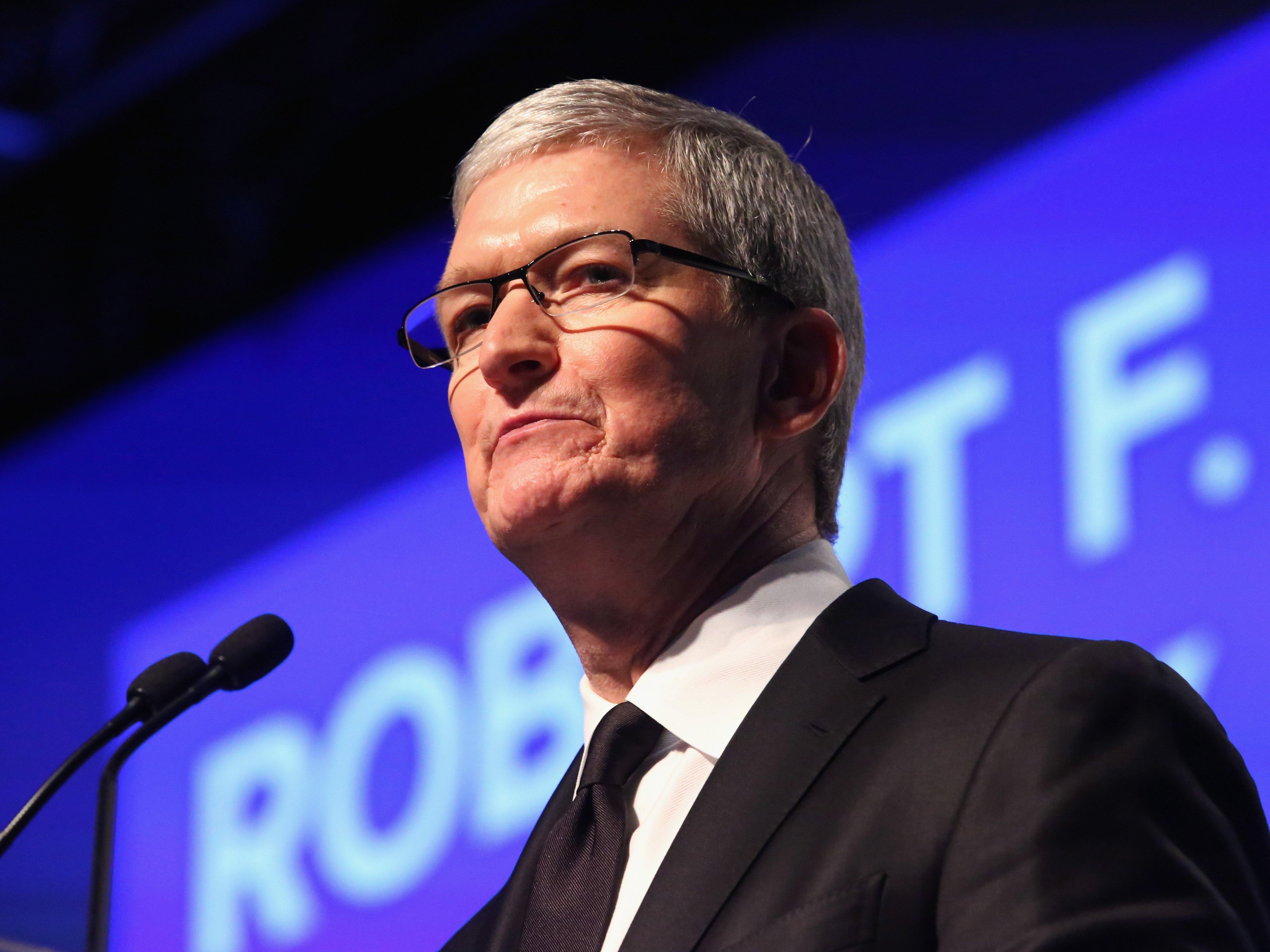 تیم کوک: اپل تا آخرین دلار مالیاتش را پرداخت خواهد کرد
