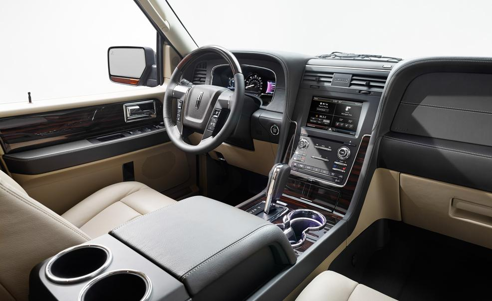 2015-lincoln-navigator-interior-photo-566820-s-986x603