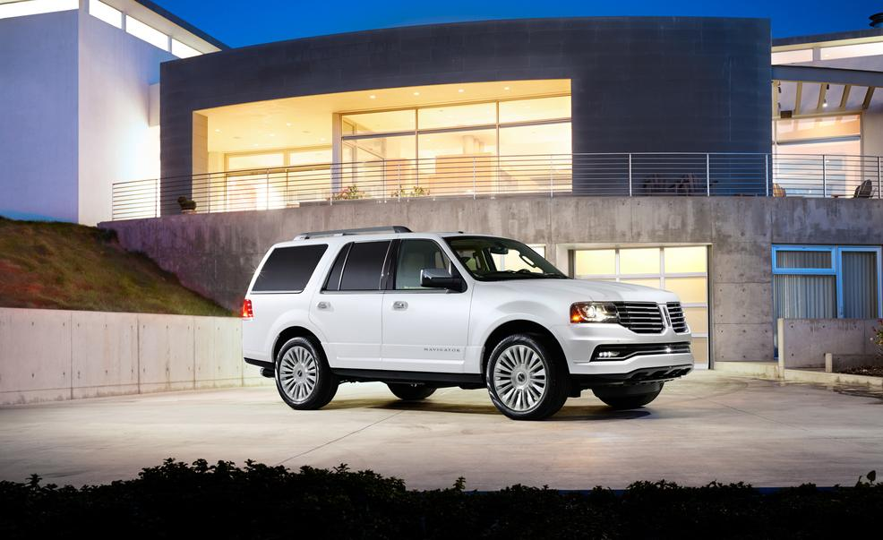 2015-lincoln-navigator-photo-566814-s-986x603