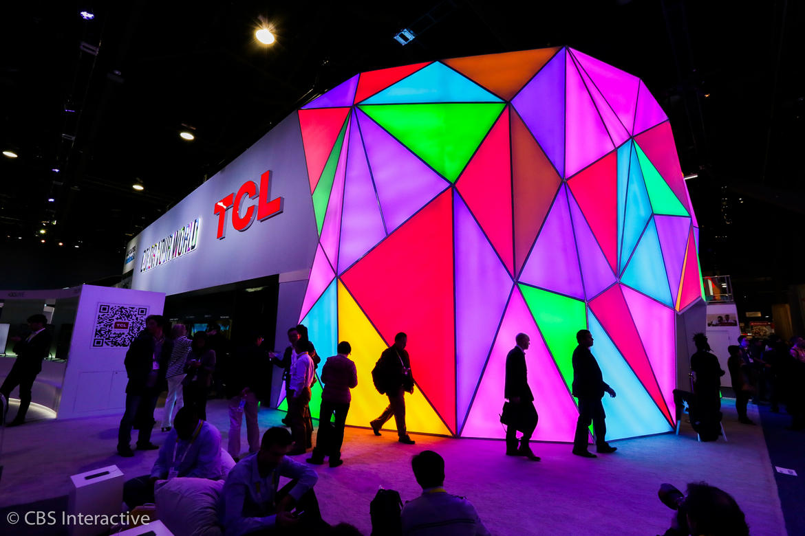 ces-2015-big-booths-005
