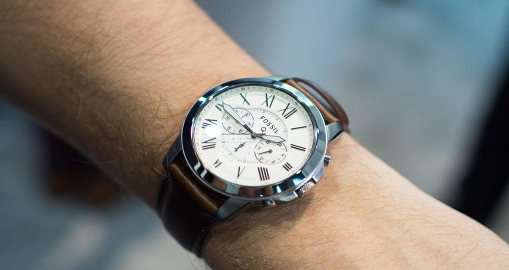 ویژگی های ساعت فاسیل مدل Q54