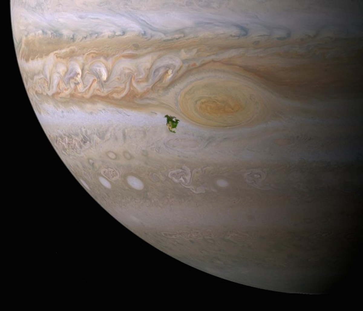 here-north-america-is-superimposed-next-to-jupiters-great-red-spot-as-you-can-see-in-this-to-scale-image-jupiters-giant-storm-would-completely-swallow-the-entire-continent