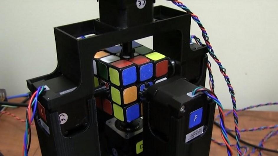 یک روبات رکورد حل پازل روبیک را شکست!