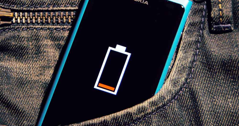 3015315-poster-p-1-your-2015-smartphone-could-have-a-battery-charge-of-several-weeks