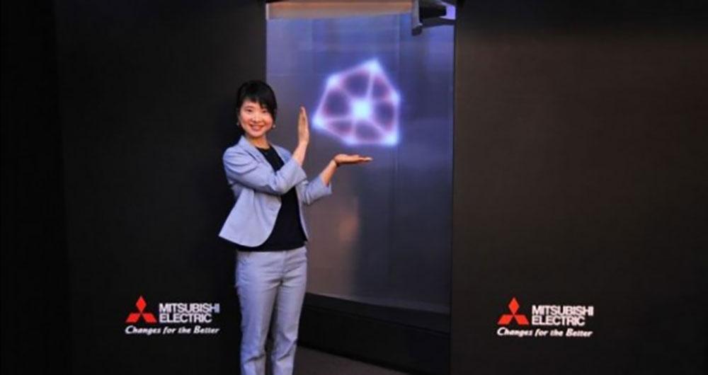 ایده جالب میتسوبیشی برای تبلیغات با تصاویر معلق