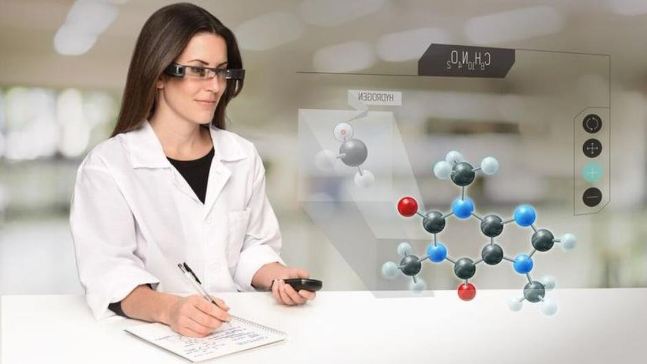 اپسون در ساخت عینک هوشمند Moverio BT-300 از OLED استفاده می کند