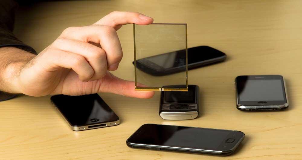 تلفن همراه خود رابه پنل خورشیدی تبدیل کنید