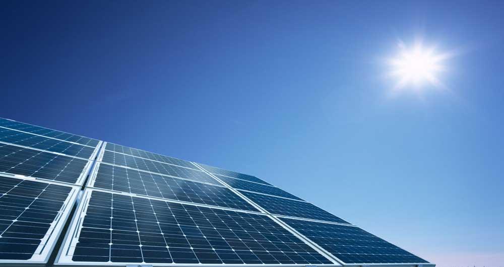 چرا انرژی خورشیدی گران است؟