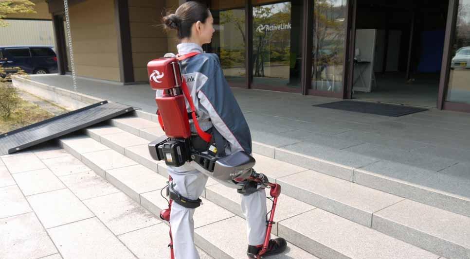 لباس های رباتیک پاناسونیک به حمل اجسام کمک می کنند