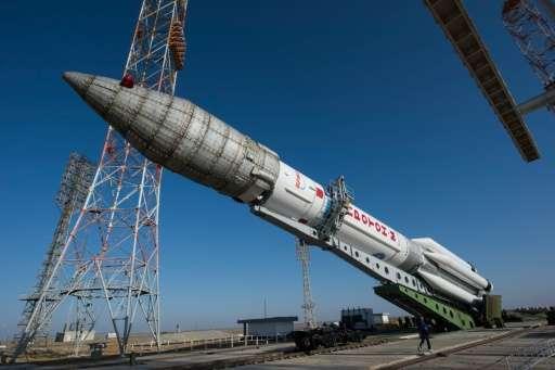 تصویر منتشر شده از سوی آژانس فضایی اروپا نشان می دهد که موشک روسی در حال آماده سازی برای پرتاب شدن است