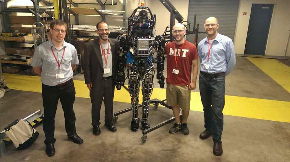 Atlas؛ ربات توانمند انسان نما