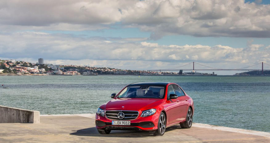 ۲۰۱۷-Mercedes-Benz-E300-114-876x535