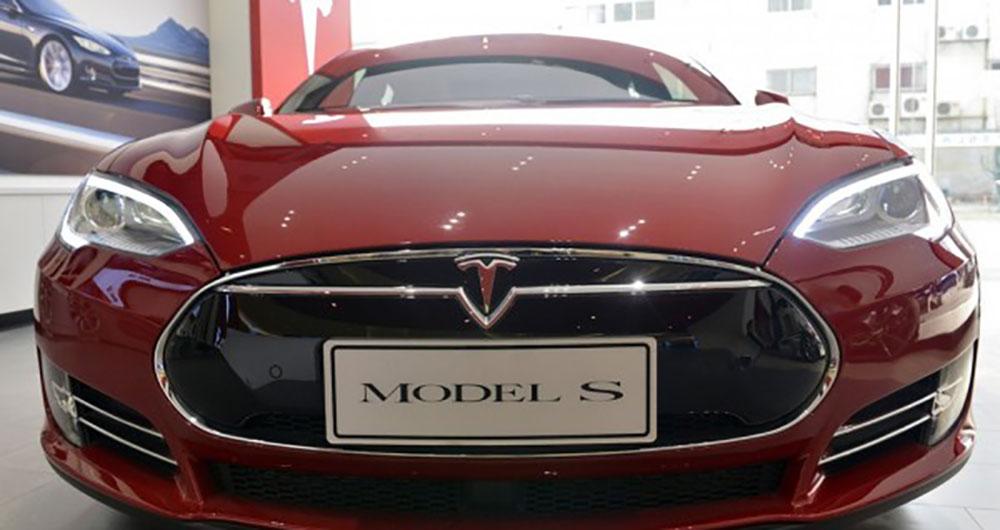 شارژر بیسیم خودروی برقی ساخته شد