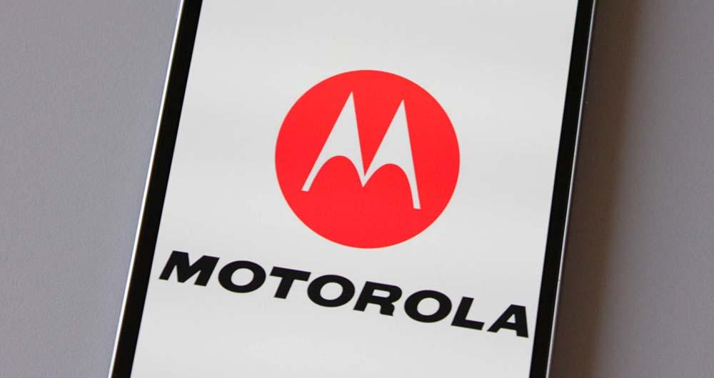 موتو ایکس ۳ موتورولا (لنوو) با نمایشگر ۵ اینچی معرفی میشود
