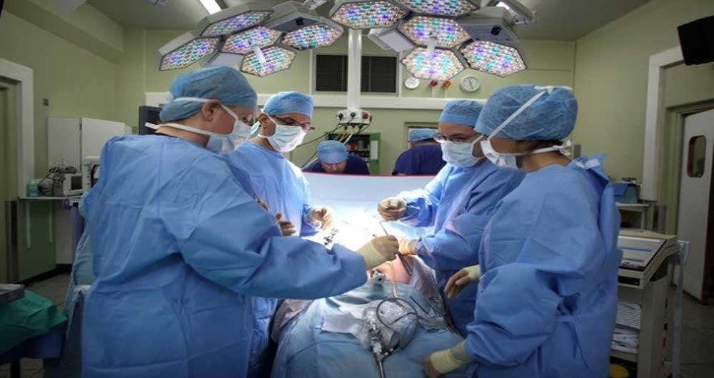 پخش زنده عمل های جراحی برای دانشجویان پزشکی