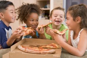 kids-pizza-150119