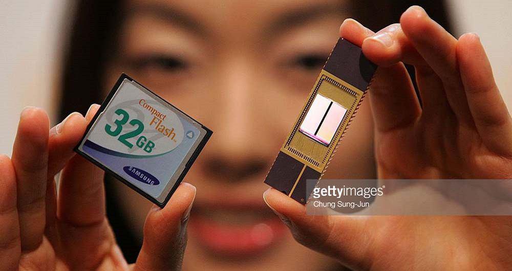 تلاش سامسونگ به منظور فروش مموری چیپهای NAND به اپل