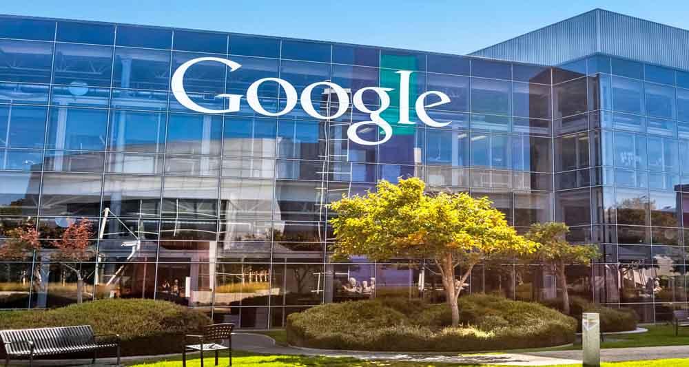 خود زنی گوگل، سایت Google.com خطرناک است!