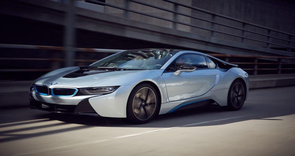 ۲۰۱۵-BMW-i8-404-876x535