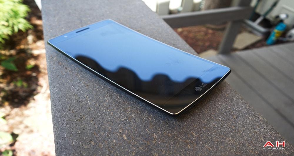 انتشار شایعاتی مبنی بر رونمایی از گوشی الجی G Flex 3 در نمایشگاه IFA آلمان