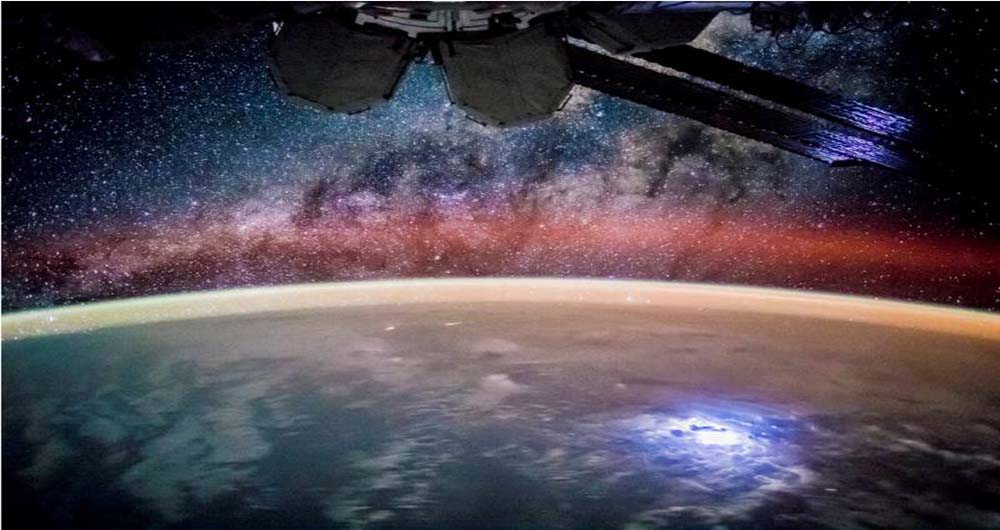 ایستگاه فضایی ناسا را از پشت بام خانه ببینید