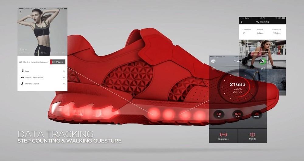 رونمایی لنوو از کفشهای هوشمند