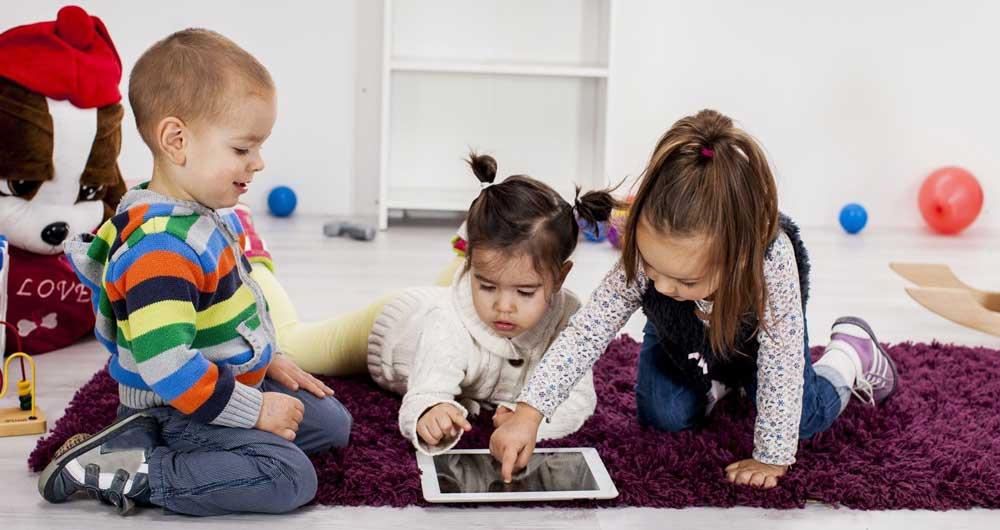 children-using-tablet
