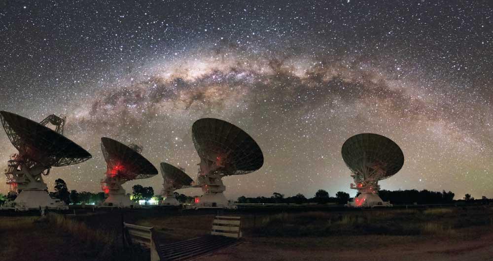 کهکشان راه شیری چند کیلوگرم است؟
