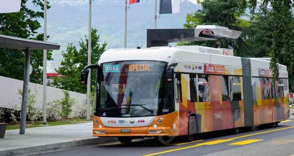 شارژ ۱۵ ثانیه ای اتوبوس برقی در هر ایستگاه