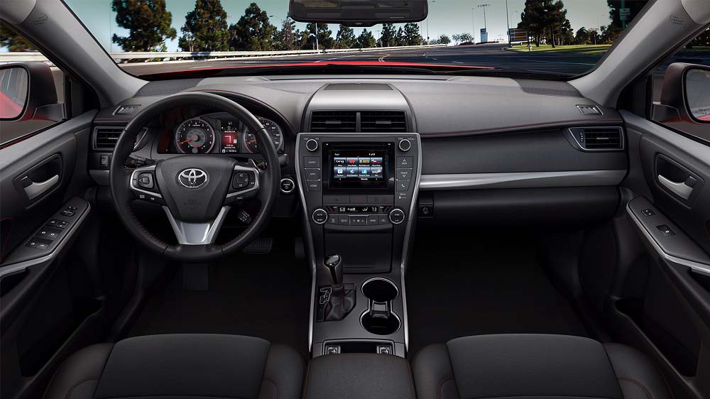 ۲۰۱۵-New-Toyota-Camry-Interior-pics-3