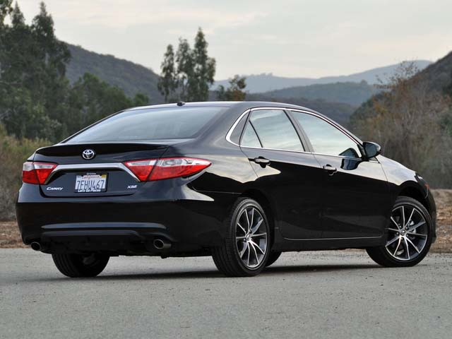 ۲۰۱۵_toyota_camry_xse_v6-pic-8943671976248588947-640x480