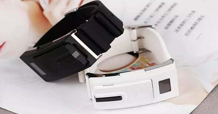 Earphone-Watch-DLB-80-Smartwatch-Separate-Design-Bluetooth-V3-0-Headset-Smart-Sport-Watch-Bracelet-Earphone