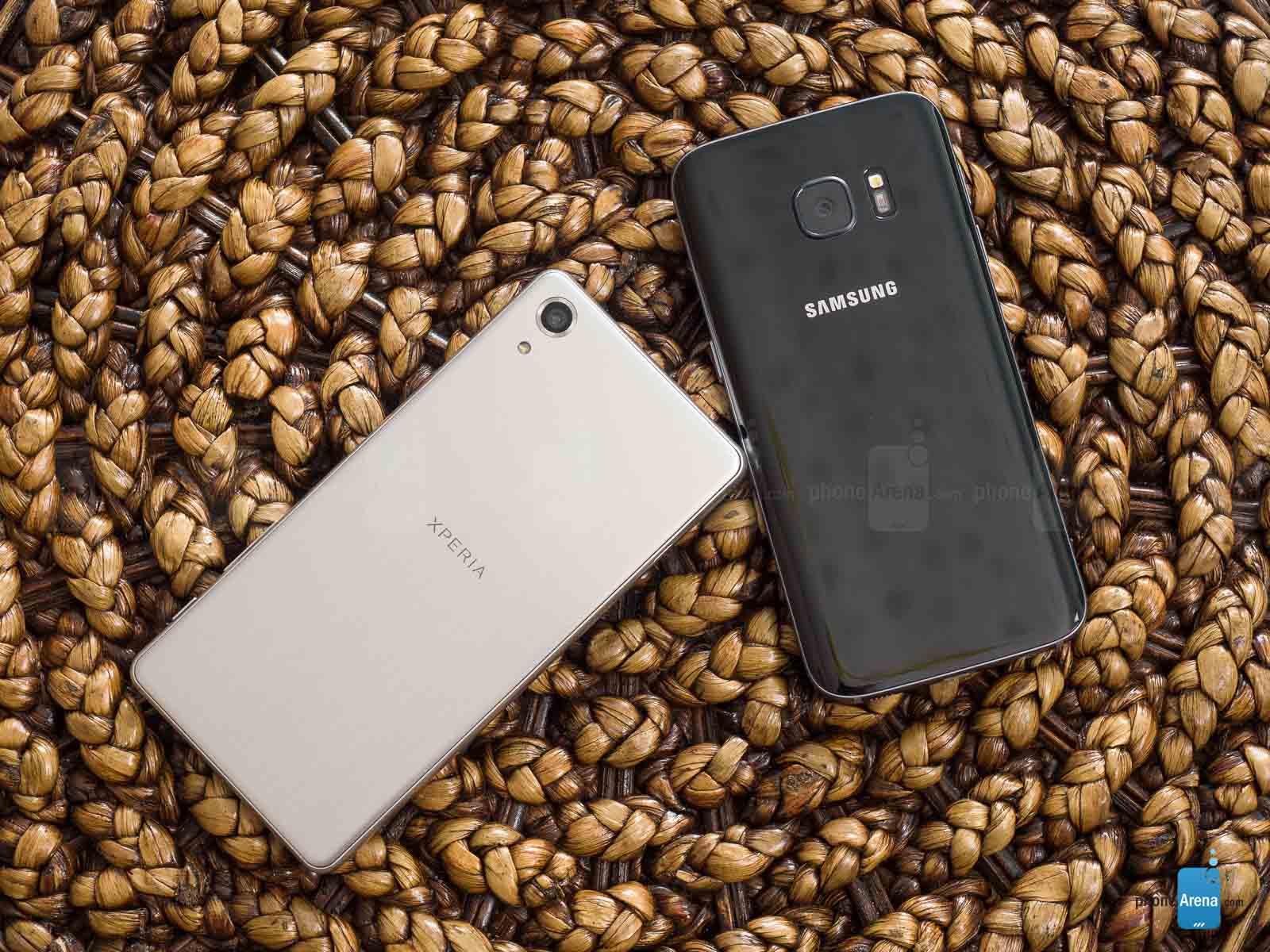 Sony-Xperia-X-Performance-vs-Samsung-Galaxy-S7-002