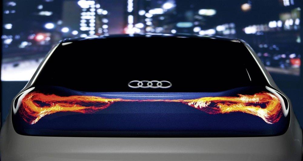 نمایشگر POLED برای اولین بار در اتومبیل آئودی استفاده می شود