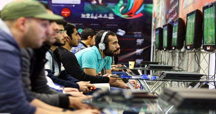 لیگ آنلاین جهانی فوتبال رایانه ای