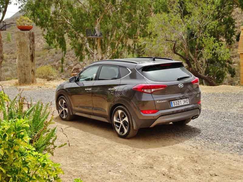 ۲۰۱۶-Hyundai-Tucson-12
