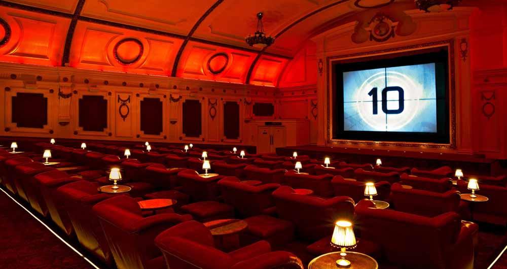 دستکشی که نحوه فیلم دیدن در سینما را متحول می کند