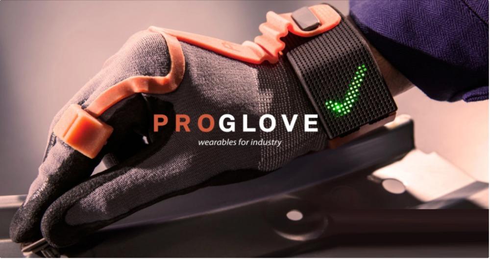 عجیب ترین فناوری پوشیدنی در قالب یک دستکش هوشمند
