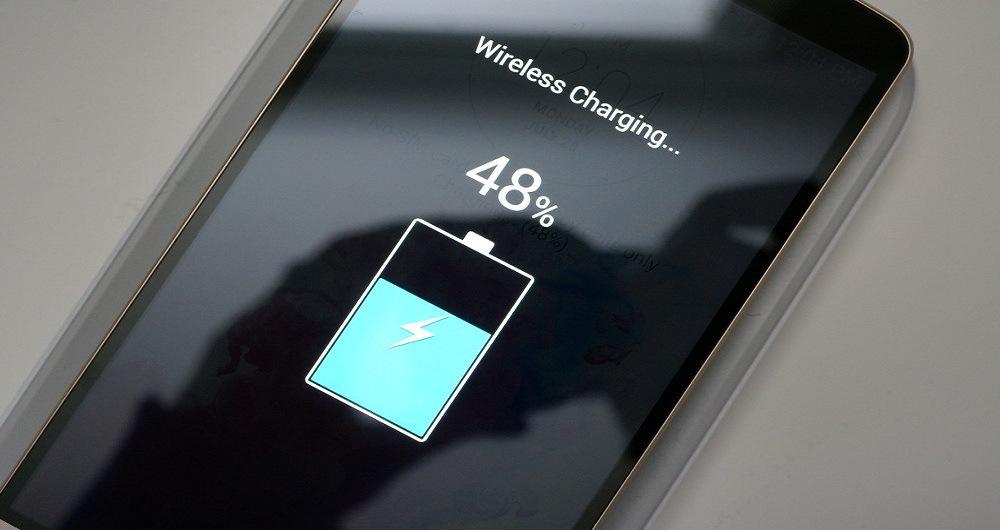 شارژ بی سیم گوشی باعث طول عمر باتری می شود